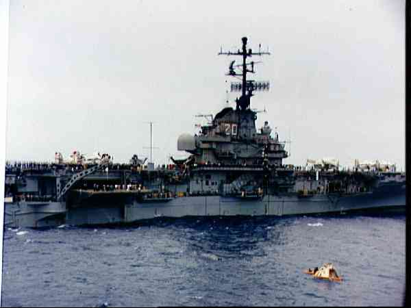 U.S.S. Bennington during recovery operations for Apollo 4