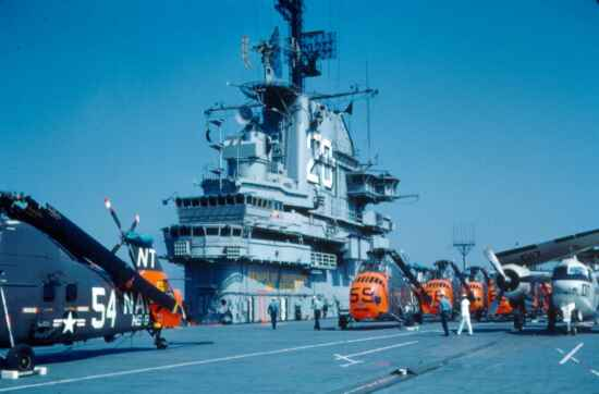 HS-8 - Helos On Deck